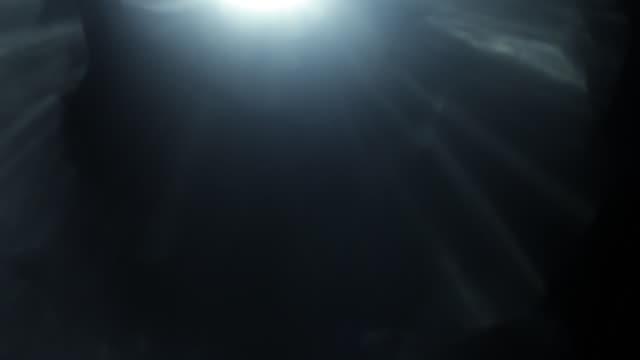 vídeos de stock e filmes b-roll de set of beautiful light leaks overlay film effect - fuga de luz