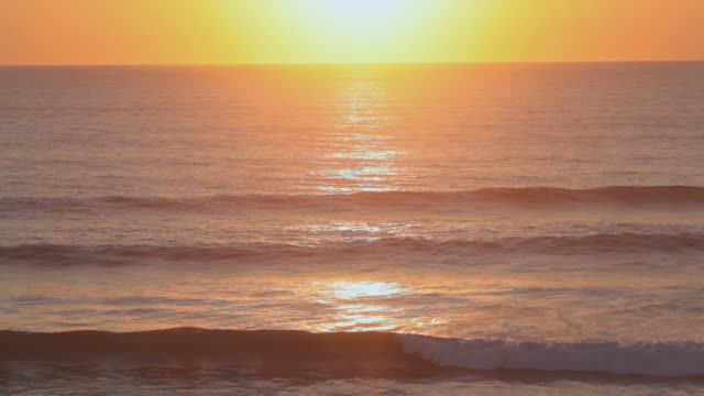 WS Set of waves rolling in at sunset in southern France / Biarritz, Aquitaine, France