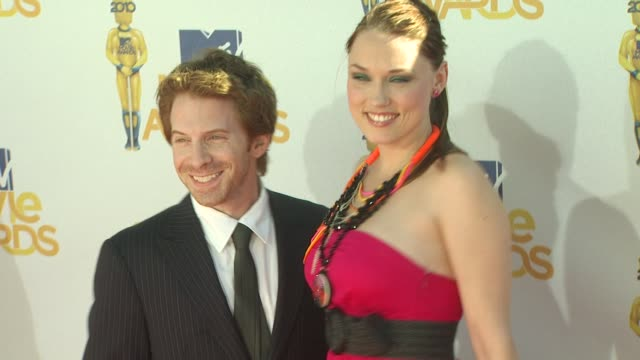 seth green clare grant at the 2010 mtv movie awards at universal city ca - mtv movie & tv awards stock videos & royalty-free footage
