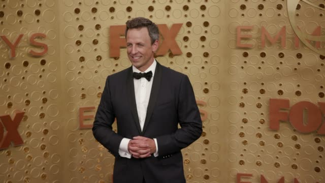 seth meyers at the 71st emmy awards - arrivals at microsoft theater on september 22, 2019 in los angeles, california. - celebritet bildbanksvideor och videomaterial från bakom kulisserna