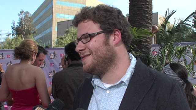 seth rogen at the mtv movie awards @ the universal amphitheatre at los angeles california. - mtvムービー&tvアワード点の映像素材/bロール