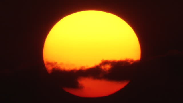 cu, setting sun, okinawa, japan - non urban scene stock videos & royalty-free footage