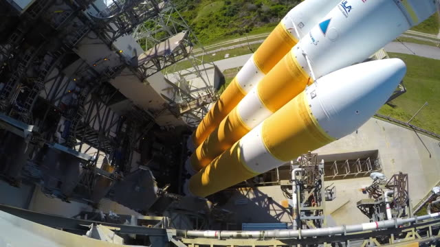 setting the rocket in the launching platform the spaceship will be the first one in 'touching' the sun it will be launched from cape canaveral in... - launch event stock videos & royalty-free footage