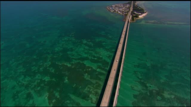 aerial, seven mile bridge, key west, florida, usa - key west stock videos & royalty-free footage