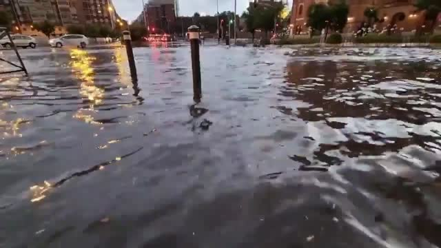 severe thunderstorm moved into madrid on wednesday, june 16 with strong rain, gusty wind, and hail. streets in the capital were underwater after the... - extreme weather stock videos & royalty-free footage