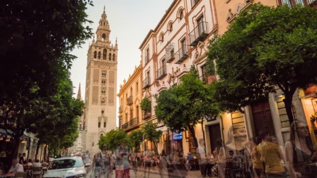 Sevilla giralda cathedral timelapse at night