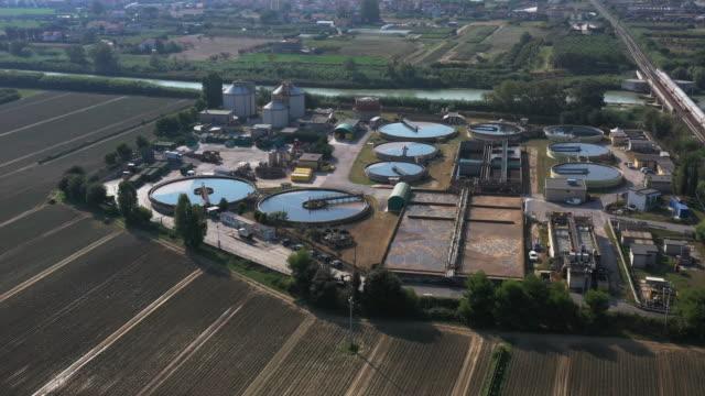 下水処理工場 - 純水点の映像素材/bロール