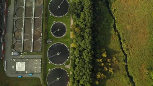 stockvideo's en b-roll-footage met rioolwaterzuiveringsinstallatie - fuel and power generation