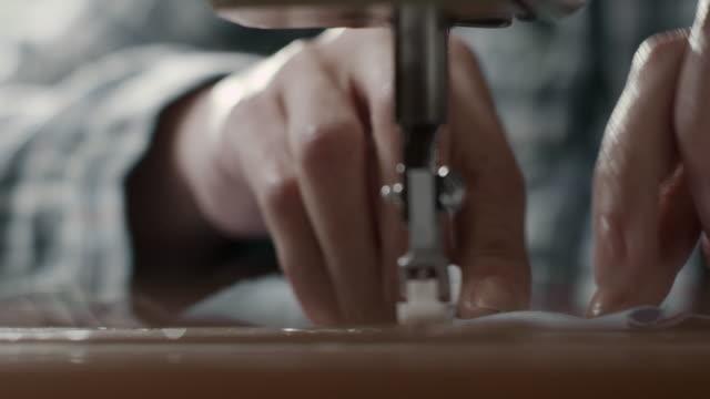 nähmaschine  - nähen stock-videos und b-roll-filmmaterial