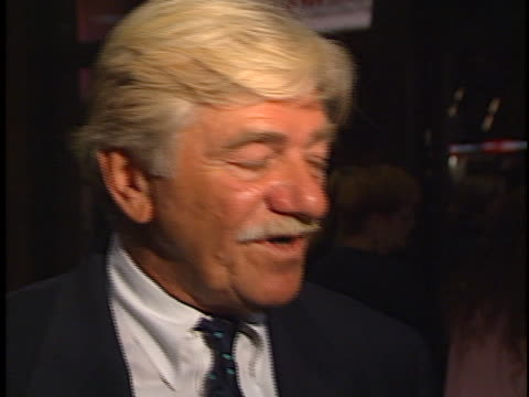 seymour cassel at the unhook the stars premiere at manns chinese theater hollywood - teatro cinese tcl video stock e b–roll