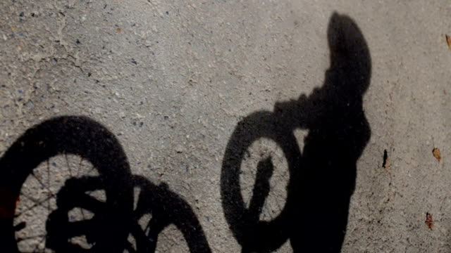 Shadow children's bike, Child, Spinning wheels