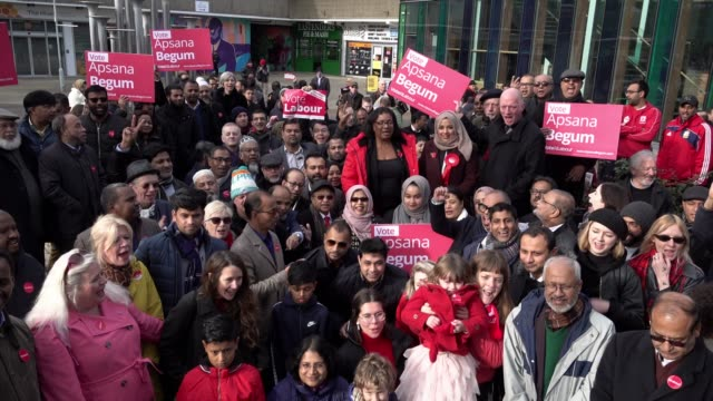 stockvideo's en b-roll-footage met shadow home secretary diane abbott and fire brigade union general secretary matt wrack join labour party poplar and limehouse candidate apsana begum... - labor partij