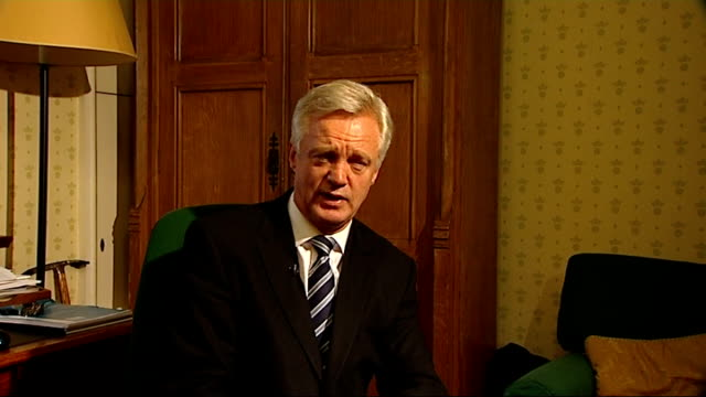 shadow home secretary resigns over 42-day detention vote; england: london: int david davis mp interview sot - david cameron told hil it was very... - david m. davis politician stock videos & royalty-free footage