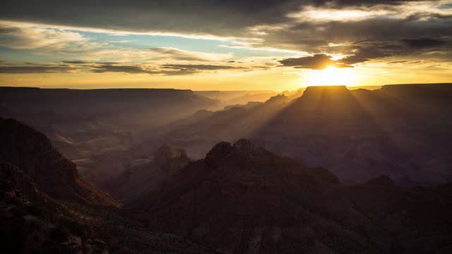 Shadows and Sunbeams in the Grand Canyon - Time Lapse