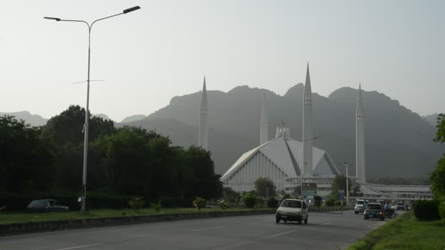 shah faisal mosque, islamabad - pakistan stock videos & royalty-free footage