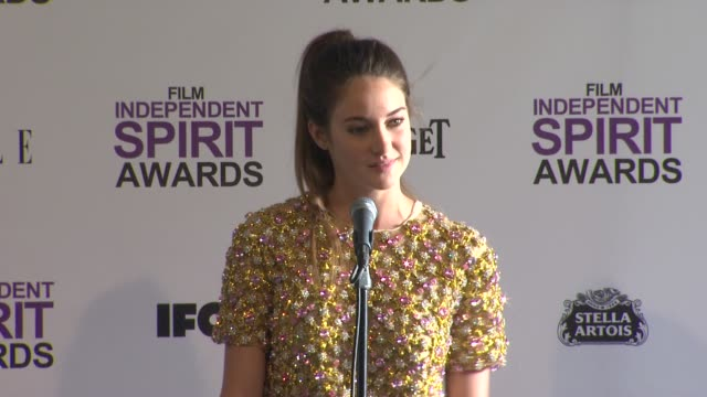 shailene woodley on how it feels to win. at 2012 film independent spirit awards - press room on 2/25/2012 in santa monica, ca. - independent feature project stock videos & royalty-free footage