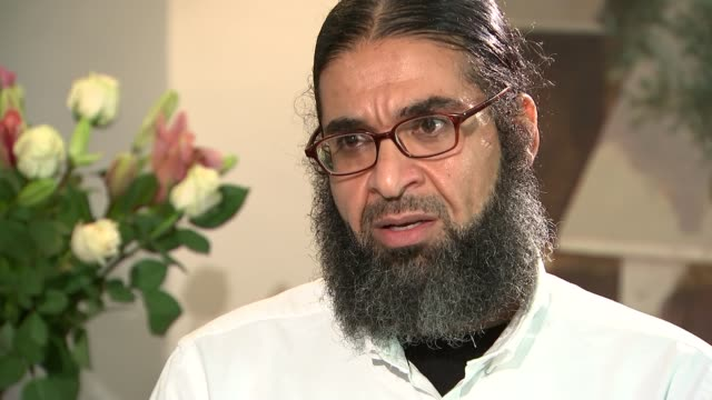 shaker aamer interview on time in guantanamo part 2 shaker aamer interview sot on incidents at bagram iraq war false allegations made against him - バグラム点の映像素材/bロール