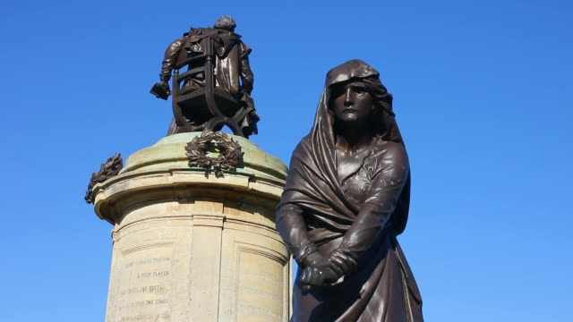 shakespeare and lady macbeth bronze statues. - female likeness stock videos & royalty-free footage
