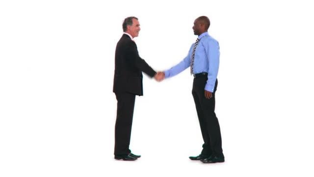 vídeos de stock e filmes b-roll de hd: dar um aperto de mão - camisa e gravata