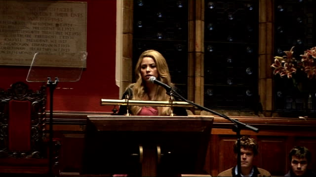 shakira addresses oxford union shakira speech continued sot world has shrunk / you are architects of change / how many things today will be obvious... - shakira stock videos & royalty-free footage