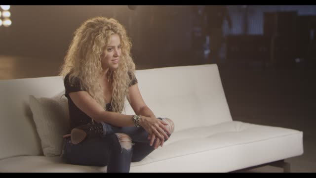 interview shakira at tmobile launches unlimited global data at special event featuring shakira in nyc's bryant park at bryant park on october 09 2013... - shakira stock videos & royalty-free footage