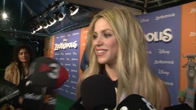 shakira attends 'zootropolis' premiere at cinesa diagonalon in barcelona - shakira stock videos & royalty-free footage