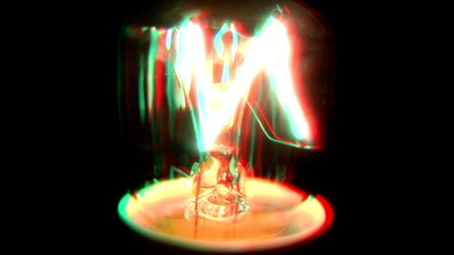 wackelaufnahme grunge-glühbirne flickering. hd - - glühbirne stock-videos und b-roll-filmmaterial