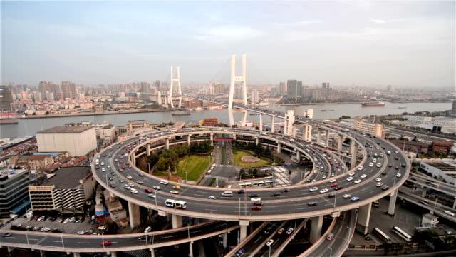 Shanghai Nanpu-Brücke bei Sonnenuntergang-Zeitraffer