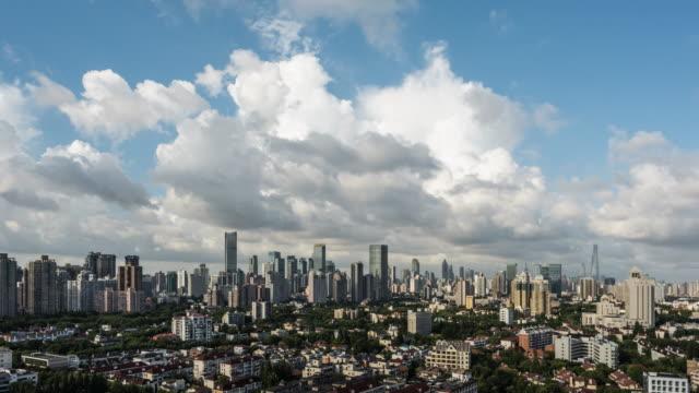 shanghai skyline 2019 - wahrzeichen stock-videos und b-roll-filmmaterial