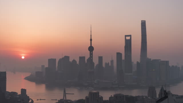 T/L WS HA PAN Shanghai Sunrise / Shanghai, China