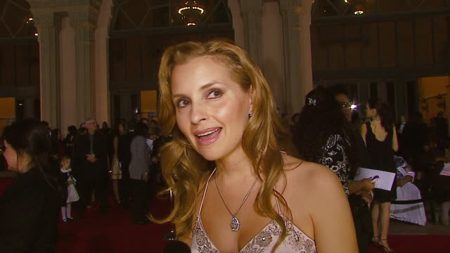 shani rigsbee on the event, and her oscar nominated song at the 2007 people's choice awards arrivals at the shrine auditorium in los angeles,... - people's choice awards stock-videos und b-roll-filmmaterial