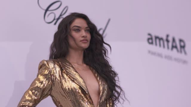 SLOMO Shanina Shaik at amfAR Gala Cannes 2018 at Hotel du CapEdenRoc on May 17 2018 in Cap d'Antibes France