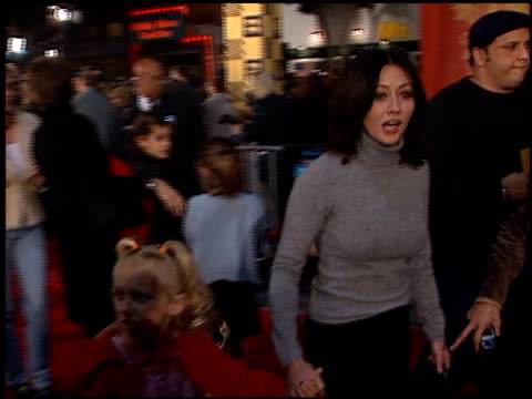 Shannen Doherty at the 'Harry Potter' Premiere on November 14 2001
