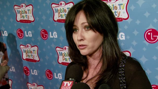 Shannen Doherty on a life working on television sets on tabloids today and Young Hollywood and working on film project at the LG Mobile Phones...