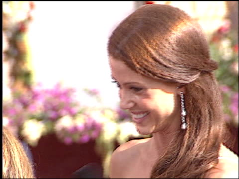 stockvideo's en b-roll-footage met shannon elizabeth at the 2005 emmy awards entrance at the shrine auditorium in los angeles california on september 18 2005 - 2005