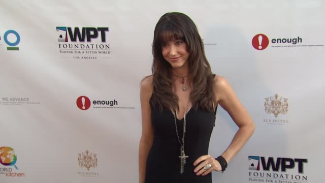 stockvideo's en b-roll-footage met shannon elizabeth at world poker tour unveils wpt foundation 'wpt playing for a better world' series on 3/11/12 in los angeles ca - shannon elizabeth