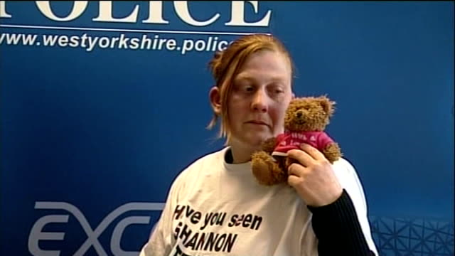 karen matthews gives evidence in court england west yorkshire dewsbury lib int karen matthews posing with teddy bear after making appeal for return... - legal appeal stock videos & royalty-free footage