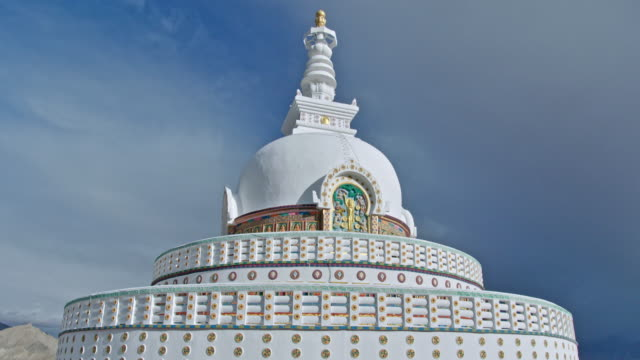shanti stupa buddhist monument - stupa stock videos & royalty-free footage