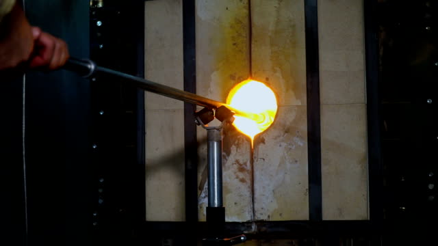 shaping glass with fire - moulding trim stock videos & royalty-free footage