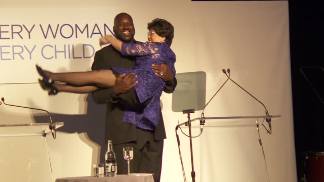 shaquille o'neal and director-general of the world health organization dr margaret chan at united nations every woman every child dinner 2012 at moma... - shaquille o'neal stock videos & royalty-free footage