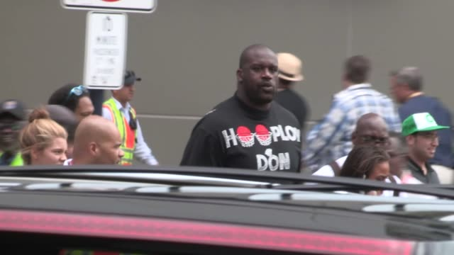 shaquille o'neal at comic con in san diego 07/13/12 - shaquille o'neal stock videos & royalty-free footage
