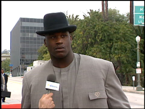 shaquille o'neal at the blockbuster awards at hollywood pantages theater in hollywood, california on march 11, 1997. - shaquille o'neal stock videos & royalty-free footage