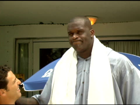 shaquille o'neal at the xm satellite radio rocks the style villa day two at the sagamore hotel in miami beach, florida on august 27, 2005. - shaquille o'neal stock videos & royalty-free footage
