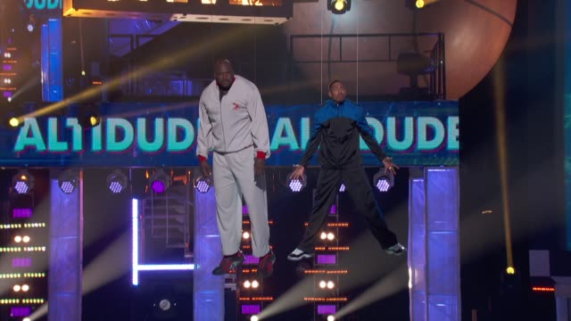 speech shaquille o'neal nick cannon at cartoon network hosts third annual hall of game awards on 2/9/13 in los angeles ca - nick cannon stock videos & royalty-free footage