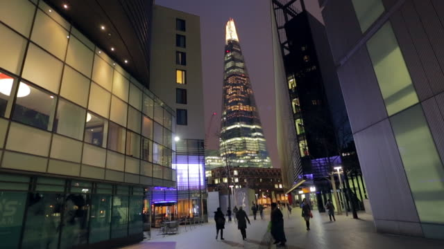 shard tower in london at night. - sidewalk stock videos & royalty-free footage