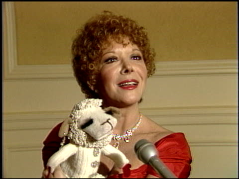 Shari Lewis at the 1986 Technical Emmy Awards at the Pasadena Civic Auditorium in Pasadena California on September 14 1986