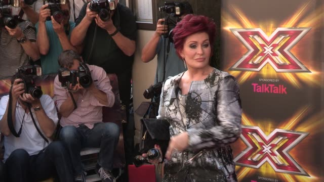 sharon osbourne at x-factor press launch at the mayfair hotel on august 29, 2013 in london, england - シャロン オズボーン点の映像素材/bロール