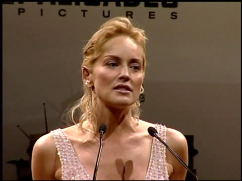 vídeos y material grabado en eventos de stock de sharon stone at the amfar 'cinema against aids' gala presented by miramax films palisades pictures and quintessentially on may 19 2005 - miramax