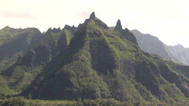 sharp peaks of famous kauai island mountains - pacific islanders stock videos & royalty-free footage