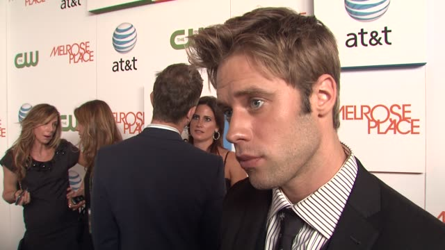 shaun sipos on how he wasn't allowed to watch melrose place when he was younger, how there is a possibility old characters will come back, and how... - 肥皂劇 個影片檔及 b 捲影像